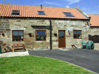 WHALEBONE COTTAGE, pet friendly, character holiday cottage, with a garden in Whitby, Ref 1465 - Staithes vacation rentals