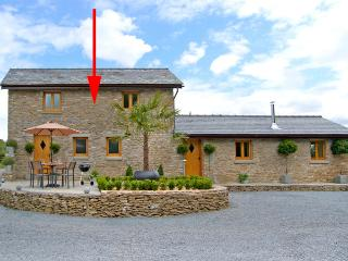 VALLEY VIEW, romantic, luxury holiday cottage, with open fire in Howle Hill, Ref 2538 - Lea vacation rentals