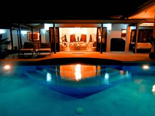 Beachfront Plantation House - Nnuo/ 2 bed - Bequia - Crescent Beach vacation rentals
