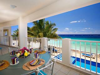 Artistic and lovely Las Brisas 101 - Cozumel vacation rentals