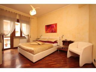 Your home away from home: book now ! - Rome vacation rentals