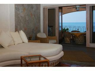 CasaAneilalivingroomwithoceanview - Casa Aneila - Luxurious Lower Conchas Chinas condo - Puerto Vallarta - rentals