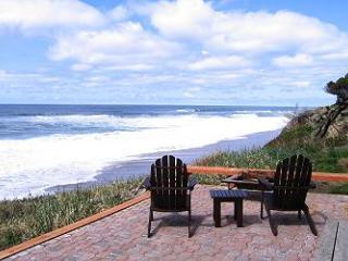 Andante~ Ocean Front - Depoe Bay vacation rentals