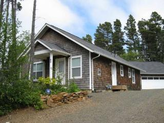 Pelican Perch - Depoe Bay vacation rentals