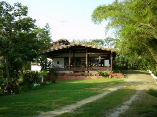 La Casa de Curia - Montanita vacation rentals
