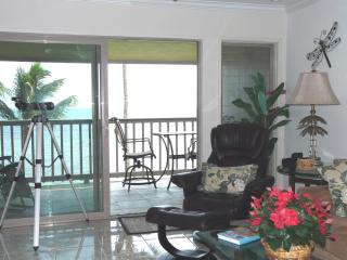 Luxury Oceanfront Condo on Molokai - Kaunakakai vacation rentals