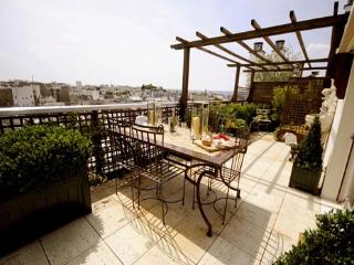 3 Bedroom Eiffel Tower Rooftop Terrace - Paris vacation rentals
