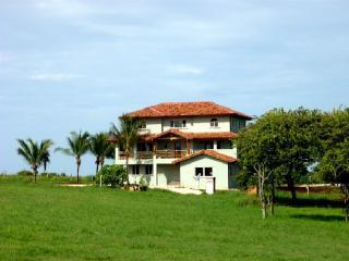 Playa Negra Guanacaste Casa Loca Far front - Wonderful Oceanfront Oasis in Playa Negra - Playa Negra - rentals