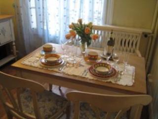 Dining Room - Montmartre 1 Bedroom in Paris - Paris - rentals