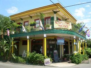 Balcony B&B  www.balconyguesthouse.com  A fine B&B - New Orleans vacation rentals