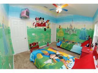 Mickey & Minnie Bedroom - Disney Playhouse - Kissimmee - rentals