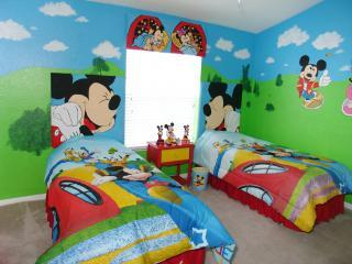 Mickey & Minnie Bedroom - Day Dreamer - Kissimmee - rentals