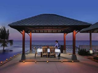 Perfect outdoor dining in villa, with breathtaking views - 4BR Beachfront Villa in 5-star resort, w/ facility - Koh Samui - rentals