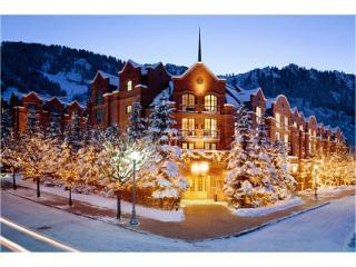 ST REGIS IN ASPEN FOR CHRISTMAS 2014!!! - Aspen vacation rentals
