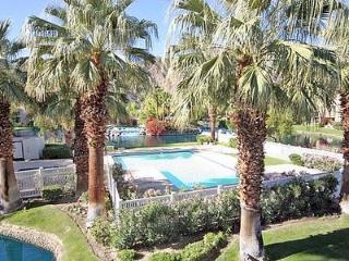 Fabulous Condo in La Quinta (La Quinta 2 BR & 3 BA Condo (183LQ)) - La Quinta vacation rentals