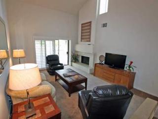 Picturesque 2 Bedroom & 2 Bathroom Condo in La Quinta (172LQ) - La Quinta vacation rentals