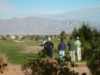 Golf course view - Las Vegas Golf Course Pools Gated $63 Min 31 Days - Las Vegas - rentals