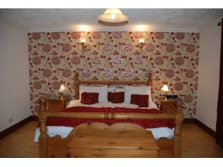 Abalone Guest House Bed & Breakfast Accommodation - Drumnadrochit vacation rentals