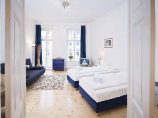 Dvorak Apartment Plus Mitte in Berlin - Berlinchen vacation rentals