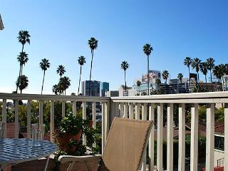Hollywood Retreat, Walkable, Central, Convenient - Los Angeles vacation rentals