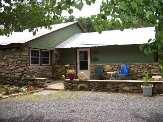 Cozy Stone Cabin at Lake James/Linville Gorge - Nebo vacation rentals