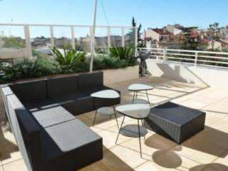 Fantastic Bristol Penthouse with Balcony in Cannes - Cote d'Azur- French Riviera vacation rentals