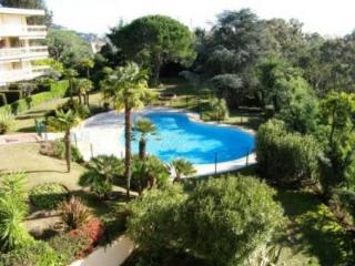 Tassigny Outstanding 2 Bedroom Apartment with a Pool - Golfe-Juan Vallauris vacation rentals