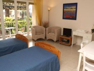 Victor Hugo Cezanne Vacation Rental with Balcony, in Cannes - Cannes vacation rentals
