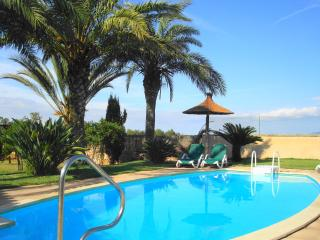 Beautiful 5 Bedroom Mallorca Rural Finca Villa - Manacor vacation rentals