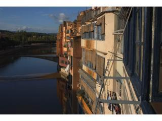 Girona River Side - Girona vacation rentals
