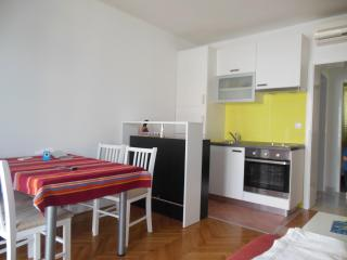 Apartment Marivo Lapad Dubrovnik 4+1 - Dubrovnik vacation rentals