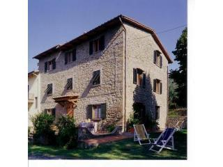 Casa Eden- the perfect holiday home in Tuscany - San Baronto vacation rentals