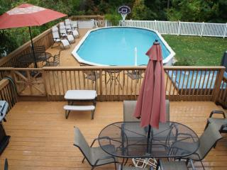 Sunset Center - The Sun House - South Haven vacation rentals