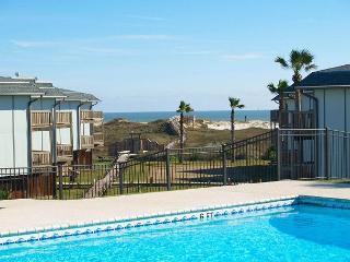 2 bedroom 2 bath condo located in Gulf FrontBeachhead - Port Aransas vacation rentals