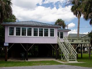 Slowpoke - Original Updated Beach Home Steps To the Ocean - Edisto Island vacation rentals