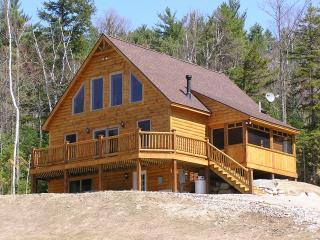 Two Bears Lodge - Luxury Chalet with Hot Tub and Mountain Views - Bethel - rentals
