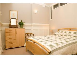 Queensgate Garden Apartment - Motherwell vacation rentals