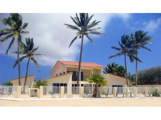 ArubaHouse - Deluxe Beachfront 5 Bedroom Home - Malmok Beach vacation rentals