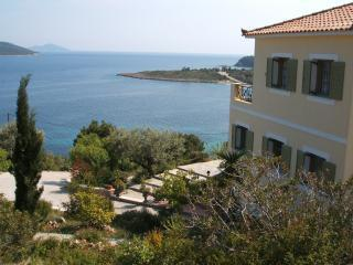 Villa Nissi and Glyfa Bay - side view - Villa Nissi, Steni Vala, Alonissos - Alonissos - rentals