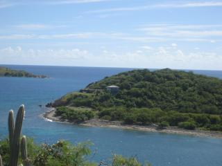 St John  Oceanfront Siempre Azul Honeymoon Delight - Coral Bay vacation rentals