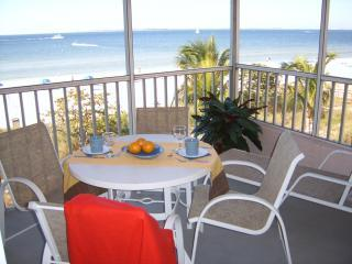 Screened Beach Front Patio - Abaco Beach Villas - Deluxe Beach Front Resort Con - Fort Myers Beach - rentals