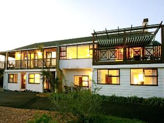 Klein Tuin Apartment for 2 just 500m to beach - Clovelly vacation rentals