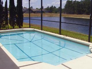 Private Villa with Security Gate, Sunset Lakes in Kissimmee - Kissimmee vacation rentals