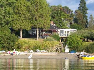Beautiful Saltspring Waterfront Home - Salt Spring Island vacation rentals