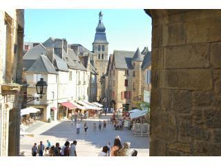 Les Combles character apartment in medieval Sarlat - Sarlat-la-Canéda vacation rentals