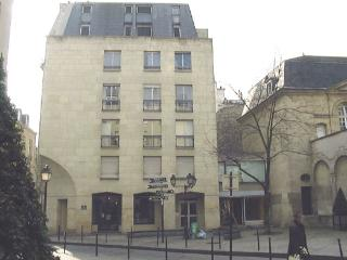 Apartment Marais Charm Apartment rental 3rd arrondissement - Marais -Paris - Limousin vacation rentals