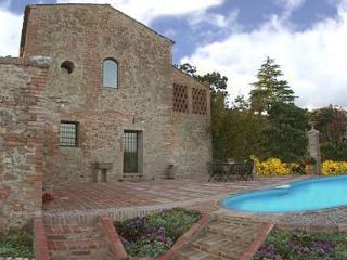 La Cavallo Rent villa  San Giovanni d'Asso - Ripabottoni vacation rentals