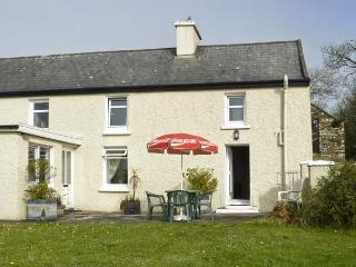 ATLANTIC VIEW, pet friendly, country holiday cottage, with a garden in Kilbrittain, County Cork, Ref 2481 - Courtmacsherry vacation rentals
