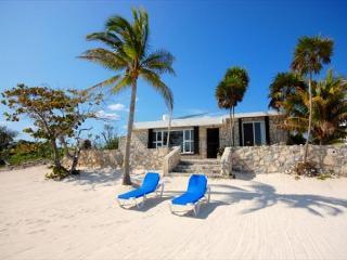 Casa Maya, Cute Beach Bungalow! - Akumal vacation rentals