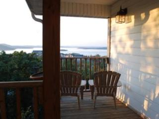 Stunning Home With Panoramic Views of Table Rock! - Branson vacation rentals